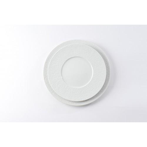 Assiette plate bosselée